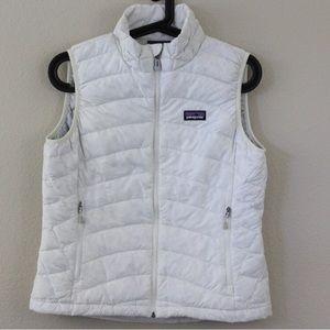 Small white Patagonia small down vest!!